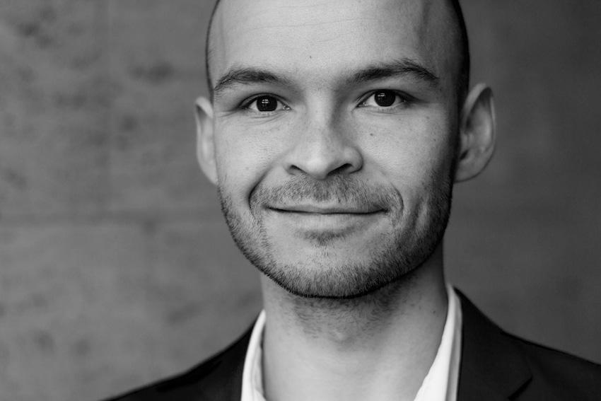 Lucas Bruun de Neergaard indtager rollen som Monterone i Verdis Rigoletto